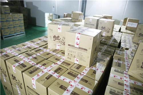 漯河黄焖鸡米饭配料厂家,公司仓库一角